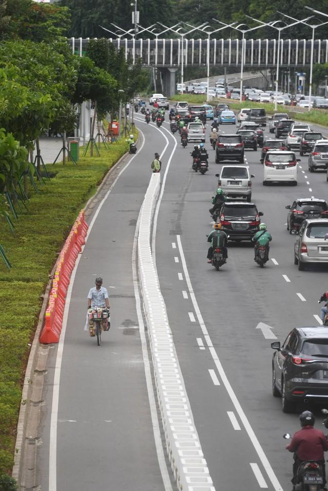 Agar Tak Celaka, Ingat Lagi Etika Bersepeda di Jalan Raya (196699)