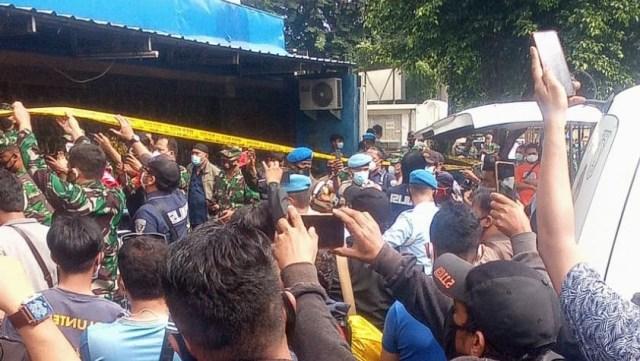 Serba-serbi RM Cafe: Lokasi Penembakan hingga Disegel karena Langgar PSBB (781375)