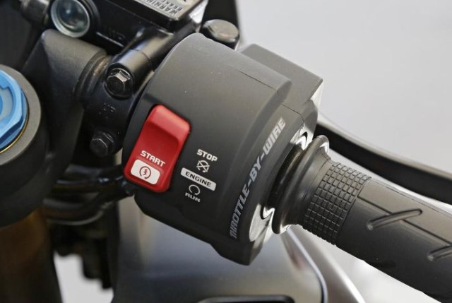 Mengenal Ride by Wire, Teknologi Pengganti Kabel Gas Motor Kekinian (489267)