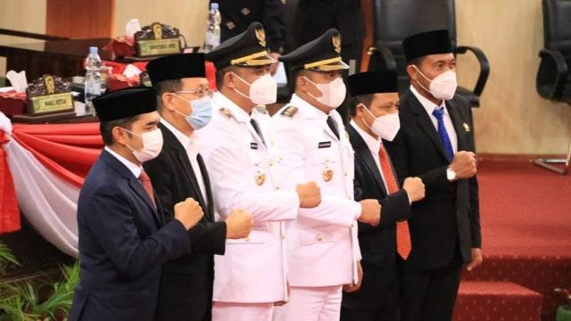 Pidato Perdana di DPRD Medan, Bobby Janji Infrastruktur Selesai dalam 2 Tahun (495424)