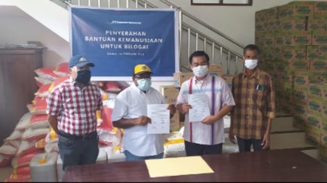 Freeport Beri 5,3 Ton Bantuan Kemanusiaan untuk Pengungsi Bilogai Intan Jaya  (33676)
