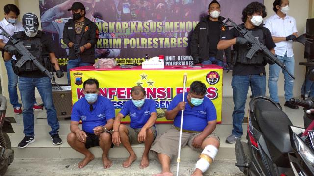 Terlilit Utang, Satpam Toko Emas di Semarang Nekat Merampok Uang Bosnya (223559)