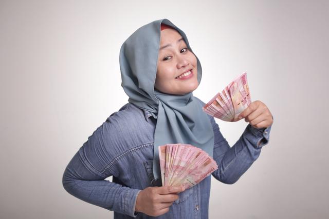 Uang Bisa Beli Kebahagiaan asal Dihabiskan untuk 3 Hal Ini (899397)