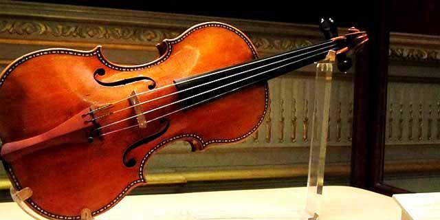 Antonio Stradivari, Pencipta Biola Paling Sempurna dalam Sejarah (199355)