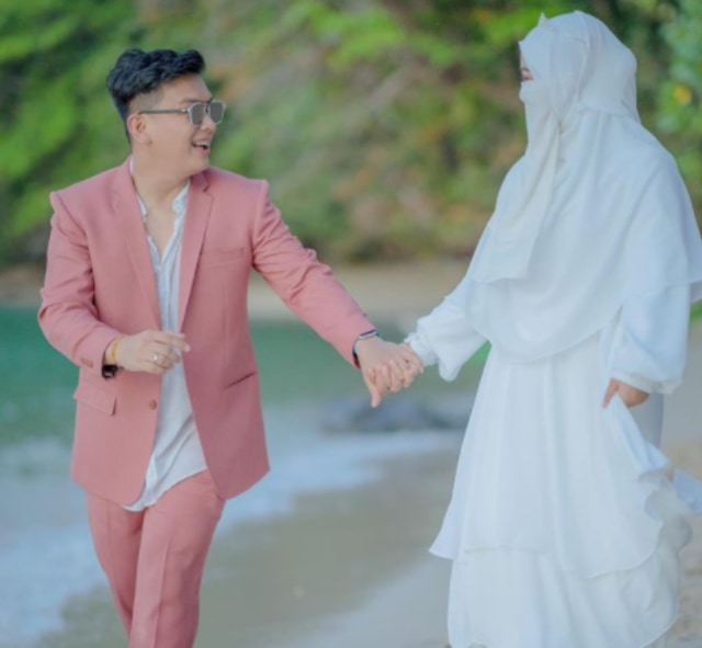 Profil Wardah Maulina, Selebgram yang Izinkan Suaminya Poligami (3804)