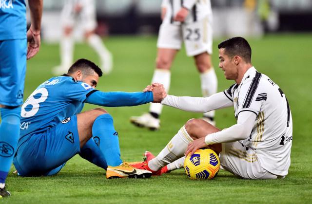 Spezia vs Crotone: Prediksi Line Up, Head to Head, & Jadwal Tayang (221191)