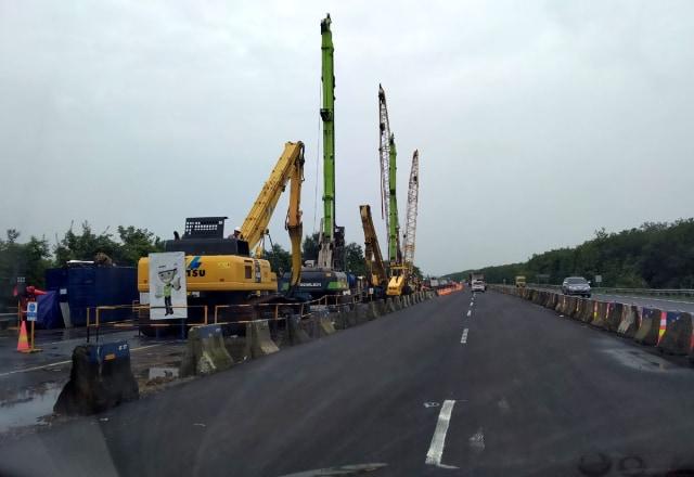 Progres Perbaikan Jalan Amblas di KM 122 Tol Cipali Capai 60 Persen (62398)