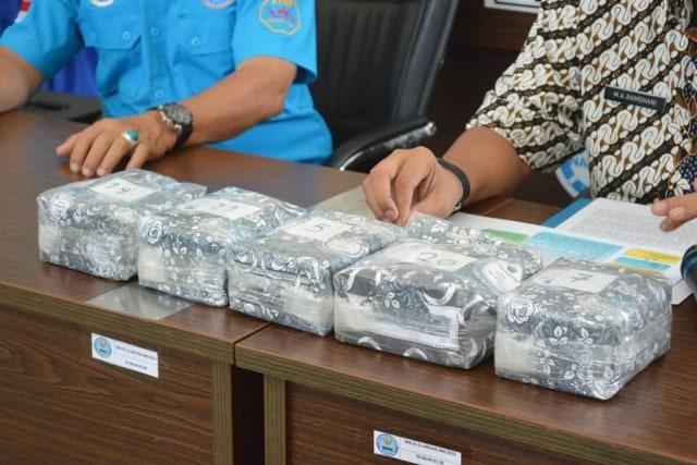 Mantan Anggota DPRD di Aceh Selundupkan 5 Kg Sabu ke Sumsel (256083)