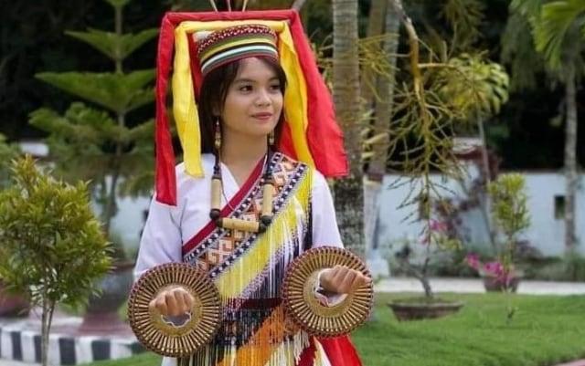 Cerita Duta Sulbar Keliling Kumpul Donasi Demi Ikut Kontes Putri Pariwisata (1)