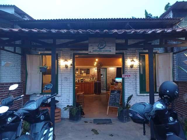 Antara Coffee: Tempat Ngopi di Bandar Lampung yang Pas dengan Kantong Mahasiswa (126134)