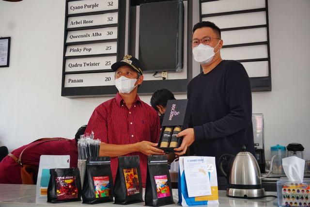 Diresmikan Bupati, 86 Coffee: Ngopi Nyaman Bareng Keluarga di Pringsewu (33680)