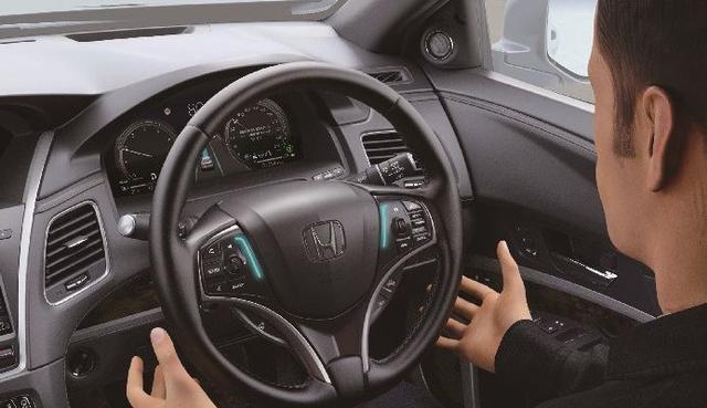 Honda Legend Meluncur, Punya Fitur 'Sopir Pengganti' Canggih Saat Macet (350101)