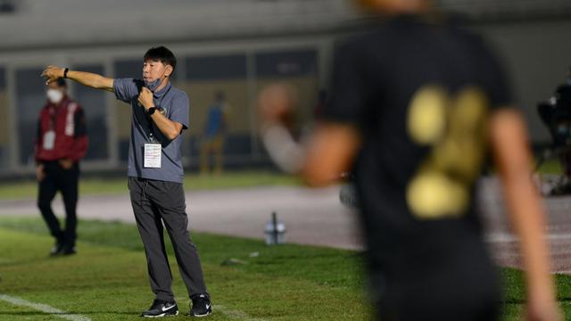 Breaking News: Shin Tae-yong Positif COVID-19 (355556)