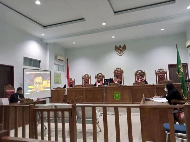 Kecanduan Judi Online, Kepala Kantor Pos Midai Natuna Nekat Korupsi (24298)