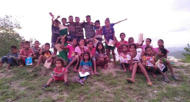 Bukuku Bukumu Project Kirimkan Buku untuk Anak-anak di Sumba Barat (142507)