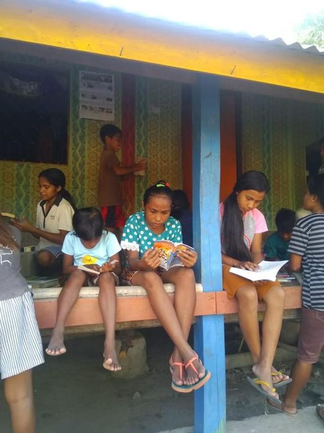 Bukuku Bukumu Project Kirimkan Buku untuk Anak-anak di Sumba Barat (142511)