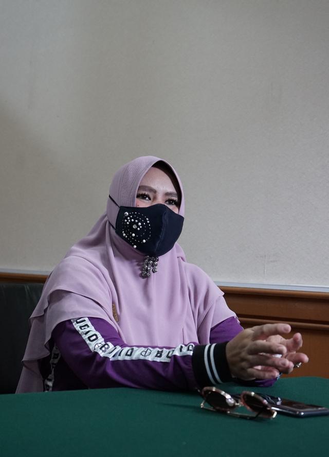 Majelis Hakim Kabulkan Gugatan Cerai Rohimah (347925)
