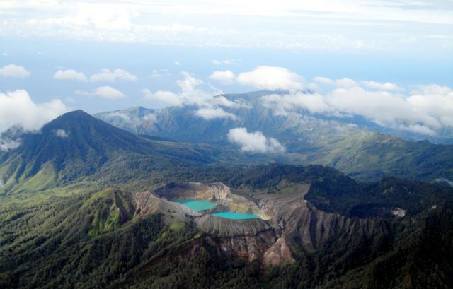 Menjelajahi Keunikan dan Keajaiban 4 Taman Nasional di NTT (Bagian 1) (301555)