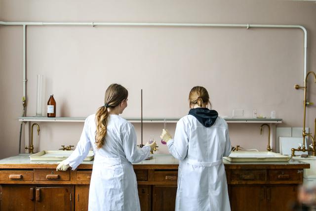 Tujuan Teks Laporan Percobaan Uji Karbohidrat untuk Tugas Sekolah (346248)