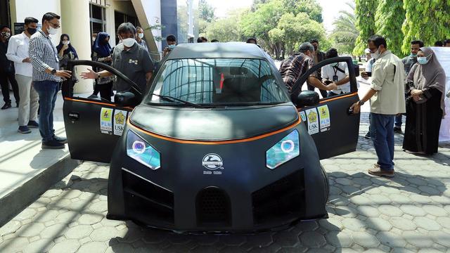 Glueh 1.0: Mobil Listrik Buatan Mahasiwa Aceh