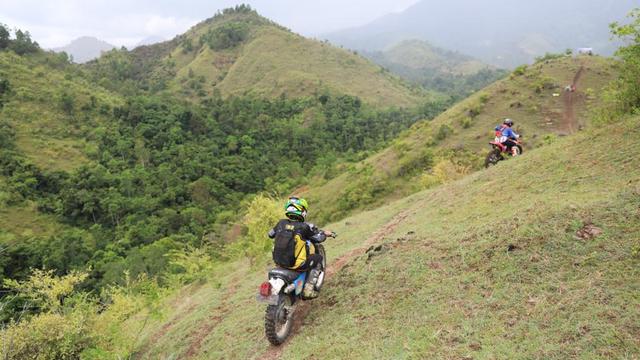 Foto: Aksi Pemotor Trail Uji Adrenalin di Paxco Aceh Full Day Adventure (318554)