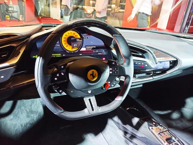 Ferrari SF90 Stradale Meluncur di Indonesia, Supercar PHEV Bertenaga 986 Dk (374803)