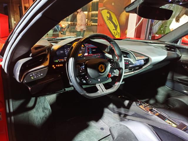 Ferrari SF90 Stradale Meluncur di Indonesia, Supercar PHEV Bertenaga 986 Dk (374808)