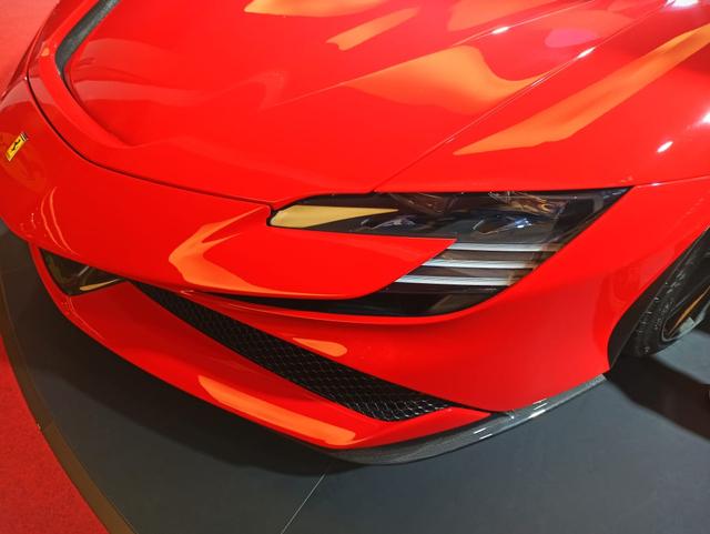 Ferrari SF90 Stradale Meluncur di Indonesia, Supercar PHEV Bertenaga 986 Dk (374804)