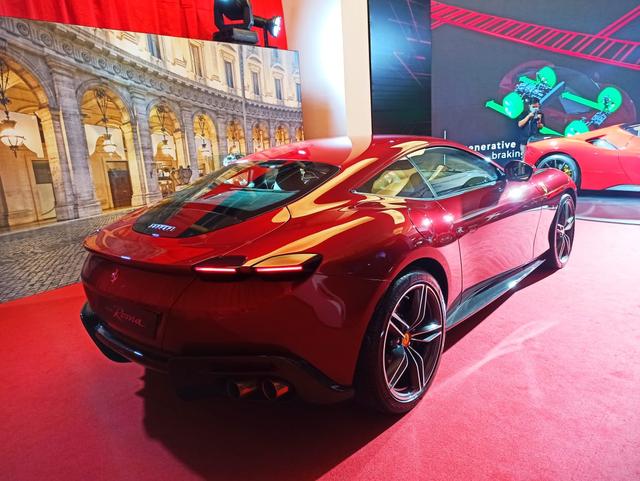 Ferrari Roma Mendarat di Indonesia, Supercar yang Pas untuk Keluarga Kecil (1)