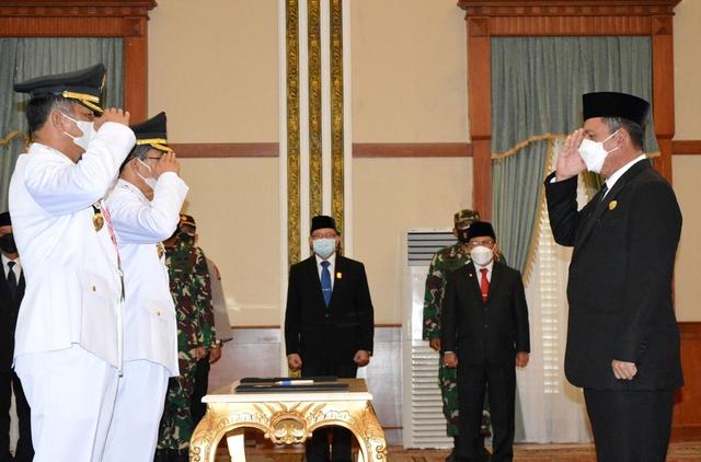 Gubernur Ansar Lantik Wako dan Wawako Batam Terpilih (96638)