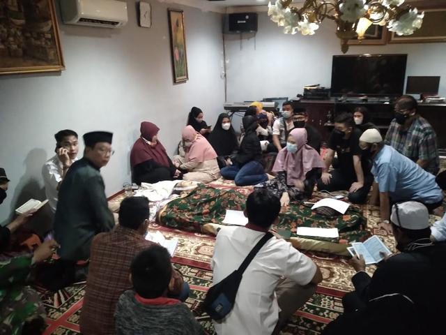 Begini Suasana Kelabu Rumah Duka Anton Medan di Cibinong Bogor  (489063)