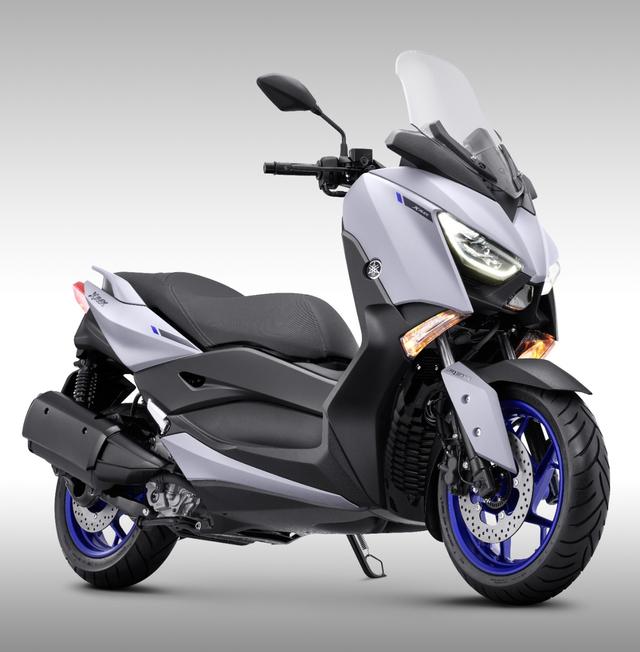 Yamaha XMAX Indonesia Punya Seragam Baru, Tantang Honda Forza 2021 (297835)