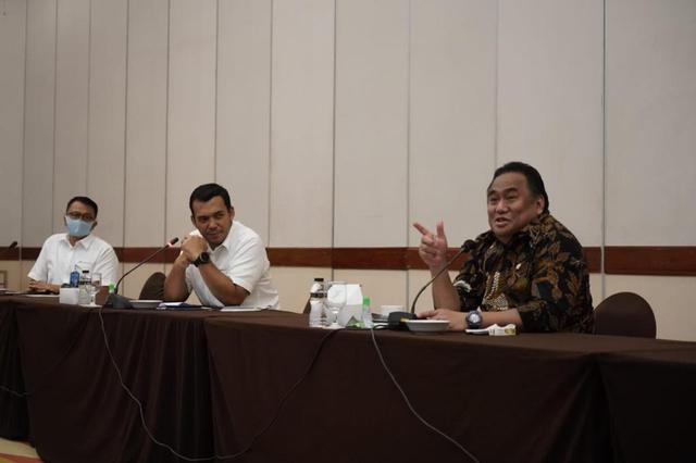 Rachmat Gobel: Bangkitkan Spirit Seulawah Aceh untuk Selamatkan Garuda Indonesia (747)