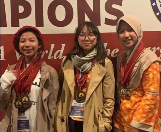 Pindah ke Sekolah Cikal Surabaya, Lea Sukses Raih Beasiswa di Amerika (25911)