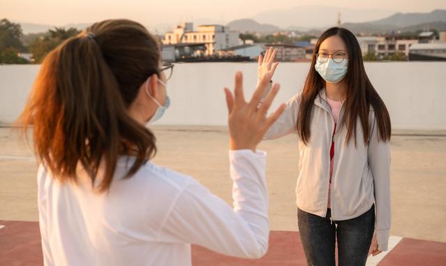 Tips Sehat Bertemu Teman di Masa Pandemi, Salah Satunya Konsumsi Jahe (22844)