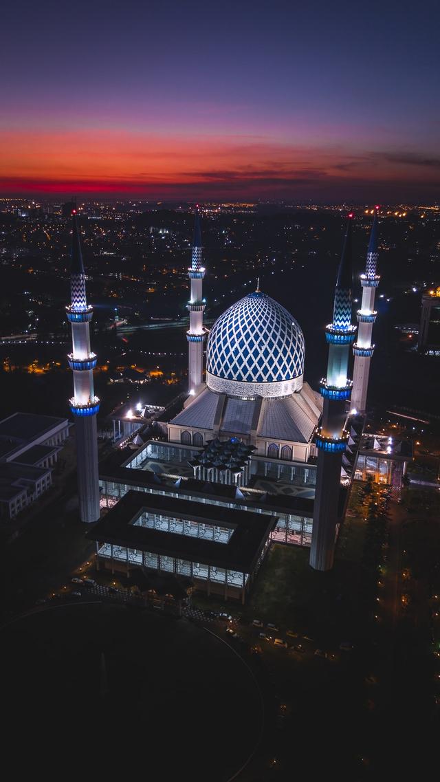 Bacaan Adzan Subuh yang Perlu Diketahui Umat Muslim (95277)