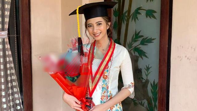 Eks Sespri Edhy Prabowo, Anggia Kloer Raih Gelar Sarjana Berpredikat Cum Laude (138836)
