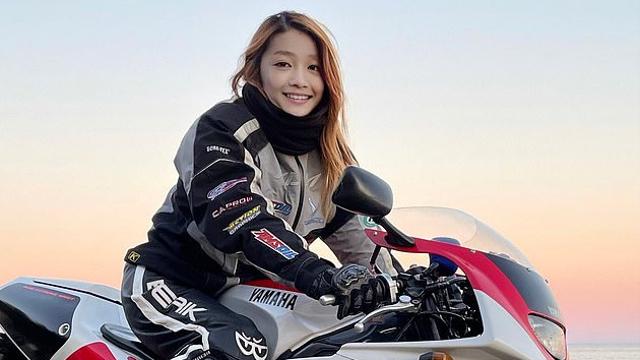Biker Cantik dari Jepang Bikin Heboh Netizen, Ternyata Seorang Pria 50 Tahun (34276)