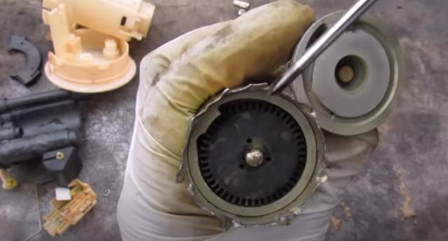 Mengenal Komponen Fuel Pump yang Bikin Toyota Avanza sampai Innova Di-recall (197505)