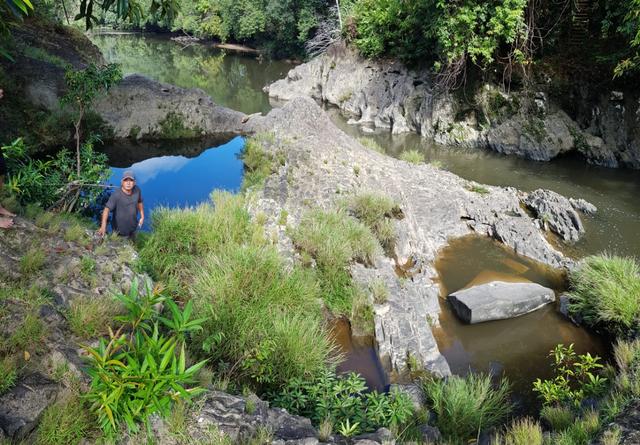 Kisah di Balik Kolam Wisata Bunga Lita dan Situs Batu Babi di Kapuas Hulu (851647)