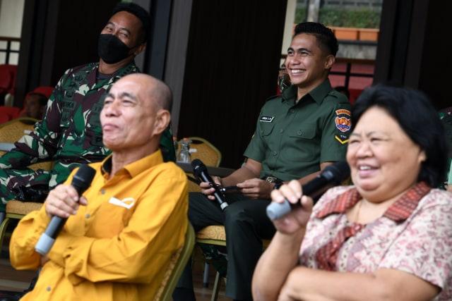 Foto: Senyum Manganang saat Sidang Pergantian Nama dan Jenis Kelamin (1025453)