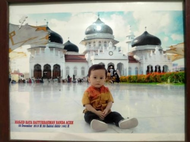 Kenangan Pada Fotografer Masjid Raya Baiturrahman Aceh Profesi Tergusur Ponsel Kumparan Com