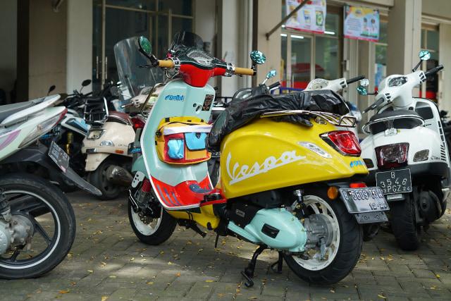 Berita Populer: Tarif Tol Jakarta ke Surabaya, Vespa Nyentrik Milik Awkarin (70084)