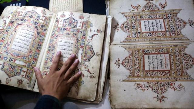 Foto: Menyelamatkan Manuskrip Kuno Aceh, Harta Warisan Tak Ternilai Abad ke-16 (352899)