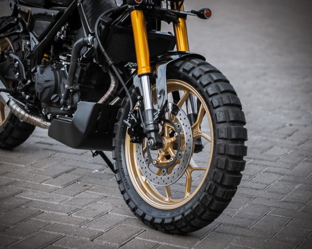 Rombak Yamaha R25 Jadi Ala Moge XSR700, Tampil Sangar! (381083)