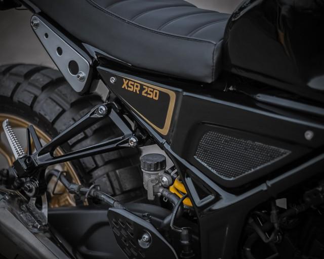 Rombak Yamaha R25 Jadi Ala Moge XSR700, Tampil Sangar! (381081)