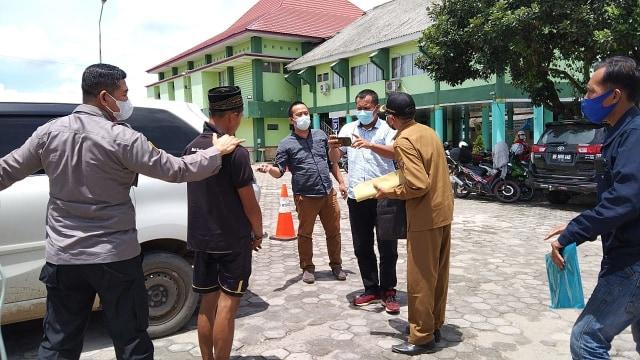 Polisi Serahkan Pelaku Penebas Ayah Kandung ke Rumah Sakit Jiwa Provinsi Lampung (20991)