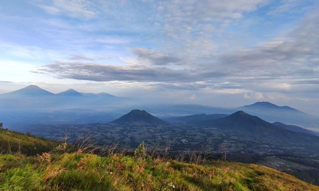 Apa Kabar Gunung Merbabu, Benarkah Akan Segera Dibuka untuk Pendakian? (8499)