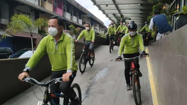 Bima Arya Bersepeda di Pontianak, Puji Kesegaran Udara Kota Khatulistiwa (209920)