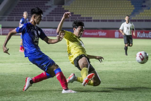 5 Berita Populer: PPKM Level Jawa-Bali Diperpanjang; Kick-off Liga 1 Mundur Lagi (170704)